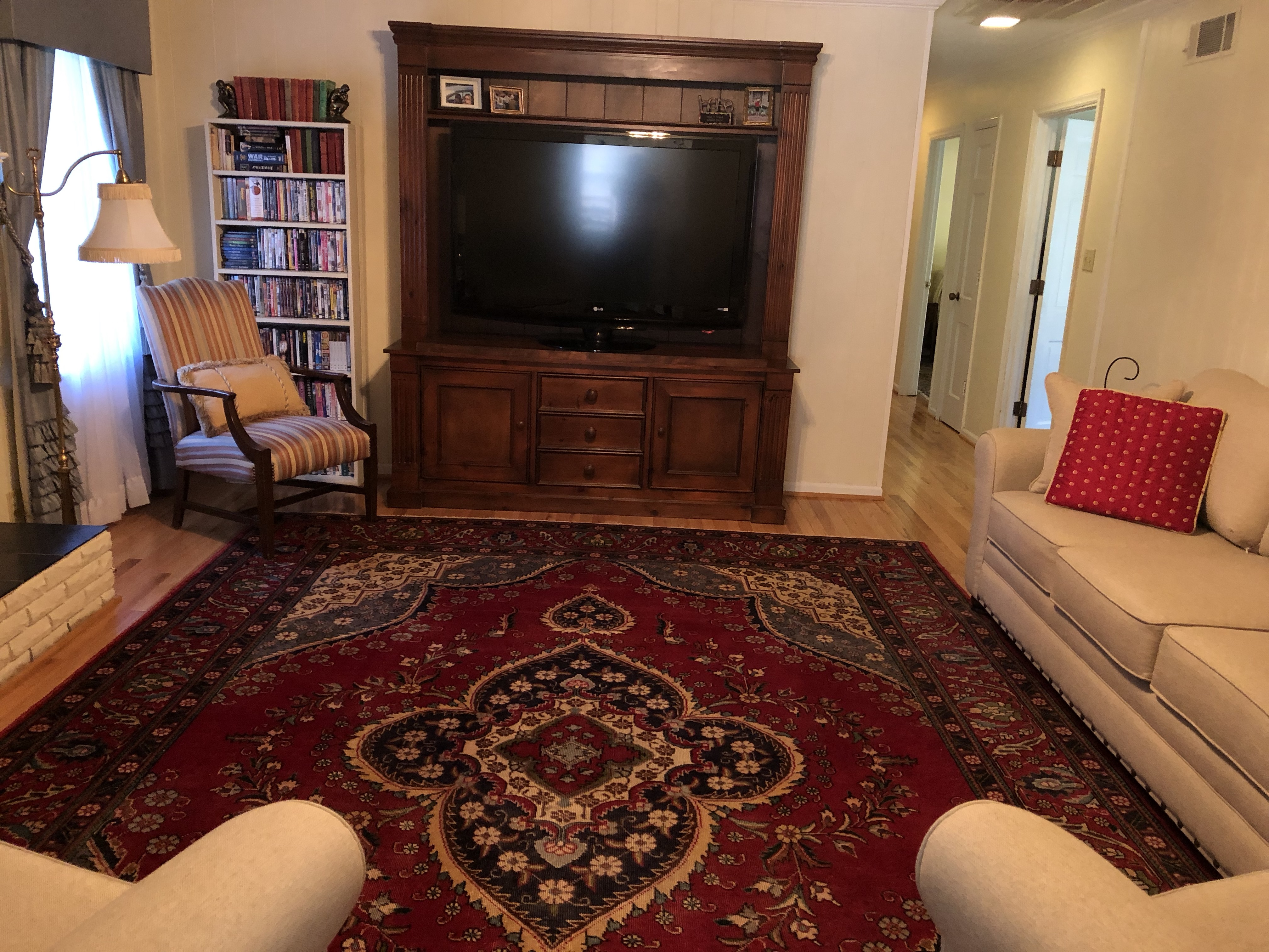 Great Room - Main Level (photo #2)